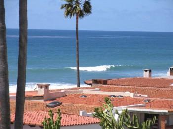 Spectacular Ocean Front Home For Rent in Las Gaviotas