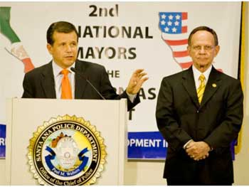 Mexican, U.S. Officials Meet In Santa Ana For 2nd Mayors of the Californias Summit